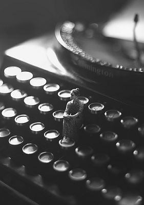 how to become an education writer
